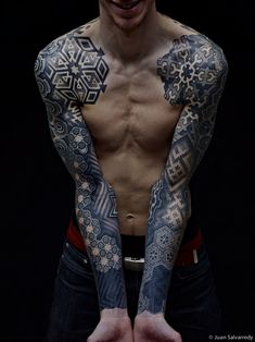 _ Pointillism tattoo by Nazareno Tubaro - This is a beautiful two sleeve tattoo design by Nazareno Tubaro. Most of his work is based on organic patterns that are inked in dots or lines.