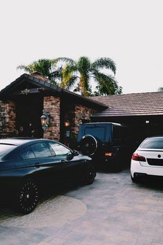 draftthemes: envyavenue: Private Driveway  Follow us on...
