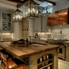 love this kitchen - especially the rustic plank island - very Europeon feel by جلنار الطرابلسى