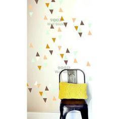 Petits Triangles Autocollant De Mur, Amovible Art Décoration Pour Maison Stickers Muraux 1 lote = 60 Triangles 1 lote peut spécifier 1 Couleurs Matériel: PVC favorable à l'environnement Fini taille: comme l'image montre Em