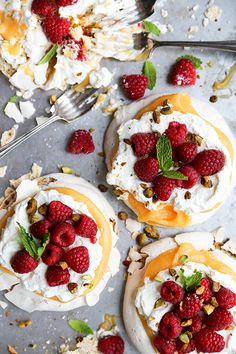 A recipe for individual pistachio pavlovas topped with papaya curd, fresh whipped cream and fresh strawberries. This is a great Springtime dessert! Papaya Recipes, Recipe With Papaya, Delicious Desserts, Dessert Recipes, Smoothies, Sorbets, Comfort Food, Beignets, Cupcakes