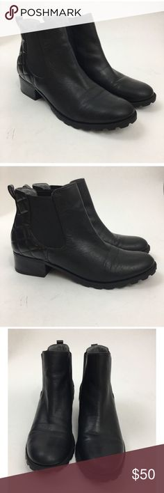 Adrienne Vittadini Black Ankle Boots Size 11 Adrienne Vittadini Leni Chelsea Black Ankle Boots Size 11 in excellent condition. Adrienne Vittadini Shoes Ankle Boots & Booties