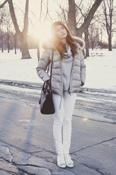 Cristina Monti / Photos : Sarah Emily St-Gelais Winter Jackets, Board, Photos, Fashion, Winter Coats, Moda, Pictures, Winter Vest Outfits, Fashion Styles