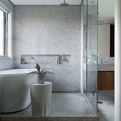 Básico e elegante: na reforma do apartamento assinada pelo escritório Corsini…