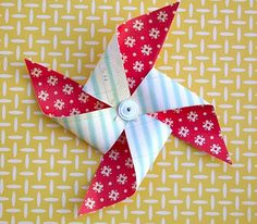 tutorial: paper pinwheels by Tania Willis
