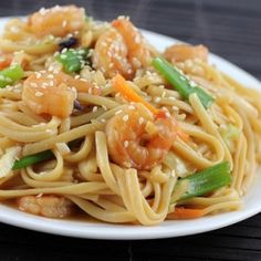 Me love shrimp lo mein (not really a fan of drizzling seeds on it though)