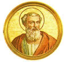 18.- San Ponciano (230-235)  Nació en Roma. Elegido el 28.VIII.230, murió el 28.IX.235. Ordenó el canto de los Salmos y la recitación del confiteor Deo antes de morir y el uso del saludo Dominus vobiscum. Deportado y condenado a las minas en Serdeña. Murió de sufrimientos en la isla de Tavolara.