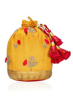 Tisha Saksena presents Yellow floral embroidered potli bag available only at Pernia's Pop Up Shop. Potli Bags, Ethnic Bag, Designer Wallets, Boho Bags, Boho Diy, Cheap Bags, Bead Crochet, Purses And Bags, Women's Bags