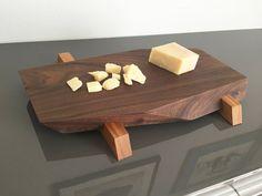 Sushi de madera de nogal maciza / queso / pan / Junta por Domitopia