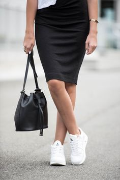 Jeanette Sundøy - By Malene Birger - Asfvlt sneakers - Wool skirt - Outfit - Black and white Waist Skirt, High Waisted Skirt, Malene Birger, Street Chic, Wool, Outfit, Sneakers, Skirts, Inspiration