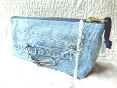 Etuis & Täschchen - Jeans upcycling, Federmäppchen, Schlampermäppchen - ein Designerstück von CrazySistersDesign bei DaWanda