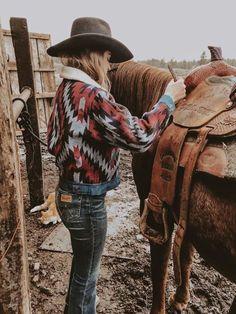 Boho's Best Buranan Clothing Women Winter Coats Sherpa Coats Fashion Lapel Native More from my sitewomen's fashion Country Girl Outfits, Western Outfits Women, Cowgirl Style Outfits, Southern Outfits, Rodeo Outfits, Country Fashion, Country Girls, Country Girl Style, Cute Country Clothes