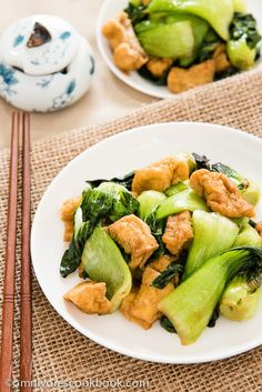 Bok Choy stir-fry with Crispy Tofu | Omnivore's Cookbook