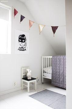 Fra baby - til jenterom - LADY Inspirasjonsblogg Baby Room Decor, Nursery Room, Kids Bedroom, Interior Inspiration, Design Inspiration, Diy Garland, Garlands, Kids Decor, Home Decor