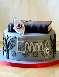 House of Anubis Cake... i so want that cake for my birthday