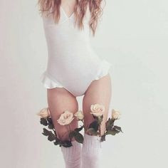 Immagine di flowers, girl, and white