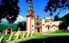 Tilaco, Franciscan Missions of the Sierra Gorda, Queretaro, Mexico...My favorite place in the world. This is the place where my dad is from.