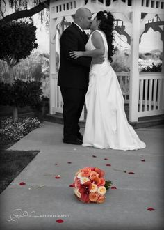 B&W with color bouquet