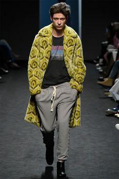pushBUTTON Fall/Winter 2016 fashion show, runway details
