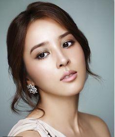 Makeup Wedding Korean Style : korean wedding makeup makeup Pinterest Korean ...