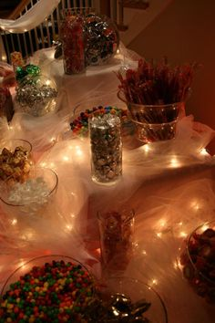 use tulle & white lights for a beautiful effect on your table