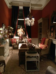 Pieter Porters room in red English Heritage, Red Rooms, Modern Times, Red Interiors, Red Paint, Shades Of Red, Country Style, Living Rooms, Interior Decorating