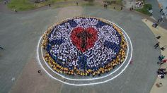 Youth from the Igreja Evangélica de Confissão Luterana no Brasil (Evangelical Church of the Lutheran Confession in Brazil) come together to form the Luther Rose at their recent National Youth Congress, an event similar to our ELCA Youth Gathering.