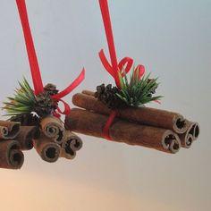 Bunch of cinnamnon sticks, Christmas decorations, Christmas Tree ornaments, set of 3, Brown Red Green #christmastreeornaments