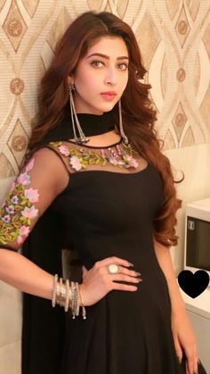 Sonarika bhadoria new update 2 Designer Party Wear Dresses, Kurti Designs Party Wear, Kurti Neck Designs, Dress Neck Designs, Churidar Designs, Bridal Anarkali Suits, Pakistani Formal Dresses, Indian Gowns Dresses, Net Dresses