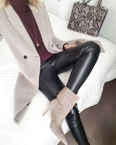 Women S Fashion Cowboy Boots Cheap Casual Skirt Outfits, Mode Outfits, Fashion Outfits, Womens Fashion, Dress Fashion, Curvy Fashion, Urban Fashion, Mode Chic, Edgy Style