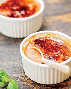 Crème brûlée de goiaba (Foto: Elisa Correa/Editora Globo)