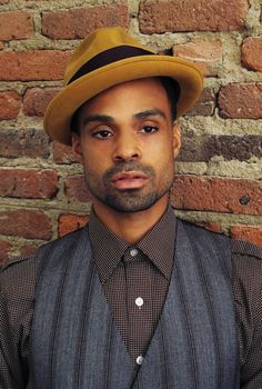 Bilal the vest the man the voice. WOW!!!!! Thanks Mecca for turning me on to him. You were right I would like his creativity.