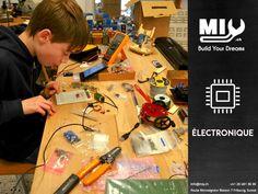 #MIYMakerspace vous propose un atelier d'électronique qui vous permet d'assembler, de tester, de calibrer et/ou de fabriquer toutes sortes d'appareils. Notre atelier d'électronique met à vos disposition des postes de travail équipés d'Arduino, d'outils et d'instruments de mesure.  Réalisez, programmez, testez vos prototypes fonctionnels !! Vous avez à votre disposition fer à souder, pinces coupantes, résistances, LED de couleurs, etc. #electroniques #arduino #fablabfribourg #fribourg Arduino, Instruments, Led, Measuring Instrument, Soldering Iron, Appliances, Tools, Colors, Atelier