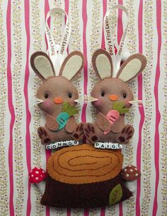I'm a big fan of keepsakes, especially when they're this beautiful. Baby's First Easter Bunny keepsakes are stunning. They can be used as a gift topper, an ornament or as a lovely decoration for a nursery. They can be personalised with a name and are available with printed or plain ribbon. Soft and plush, the bunnies come in two different designs and cost US$32, plus postage to Australia, from Gifts Define. #Babyology #Easter #Gift #Guide #Babies