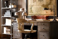 30 Home Office Space With Rustic Design Masculine Office Decor, Masculine Home Offices, Feminine Home Offices, Home Office Space, Home Office Design, Home Office Decor, Office Tv, Vintage Industrial Furniture, Vintage Home Decor