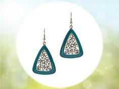 #jadeseagreen #triangledropearrings #fashionaccessories