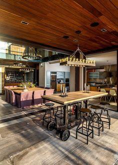 Gracias a una estrecha relación con la arquitectura y con el entorno, Estudio Felguérez logró un diseño interior para el buen vivir.