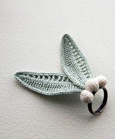 crochet ring http://www.afloplus.com/gallery.html