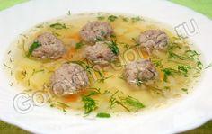 Soup with homemade meatballs. .Cуп с фрикадельками