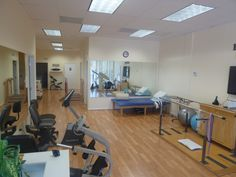 physical therapy with the private rooms, supervised therapeutic muscular therapy, increasing strength, eliminating pain, accelerating recovery, giving you back your independence, making you feel like yourself again.