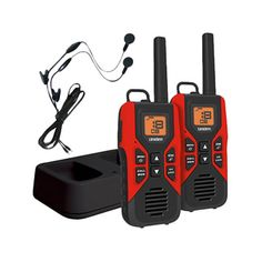 GMR/FRS Radios with Charging Cradle and Earset. Uniden GMRS/FRS Radios keep you in touch when you are out and about with family and friends.