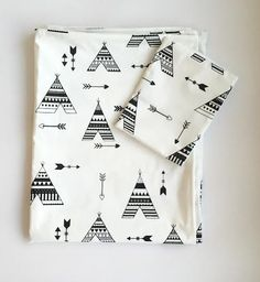 Full of Beans is a unique baby & kids boutique, located in the heart of Benoni, Johannesburg that offers a wide range of baby & kids clothing & accessories. Duvet, Indian Teepee, Teepee Bed, Baby Couture, Kids Boutique, Crib Sheets, Unique Baby, Sheet Sets, Cribs