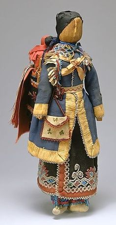 Victorian Dolls, Victorian Traditions, The Victorian Era, and Me: The History Of Faceless Dolls - Updated February Introduction and Part 1 - Corn Husk Dolls and Native American Indian Faceless Dolls Native American Dolls, Native American Crafts, Native American Beadwork, American Indian Art, Native American History, Native American Indians, Native Americans, Seneca Indians, American Corn