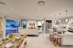 Avoca living, kitchen, dining area. Brooks Reach display village. #dining #familyroom #kitchen #mcdonaldjones #mcdonaldjoneshomes