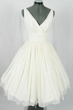Short/Mini Wedding Dresses, White Short Wedding Dresses, Mini Short Homecoming Dresses, Mini Homecoming Dresses, Short Homecoming Dresses, Real Made Elegant Chiffon V-neck Beach Wedding Dresses Homecoming Dresses, Beach Wedding Dresses, Short Wedding Dresses, Short White Dresses, White Homecoming Dresses, Elegant Wedding Dresses, White Beach Dresses, White Wedding Dresses, White Short Dresses, Short Beach Wedding Dresses, Chiffon Wedding dresses, Short White Wedding Dresses, White Chif...