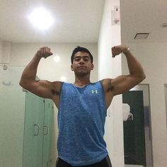 Doble bíceps  . . . #nutrition #fitnessmodel #entrenamiento #fitnessmotivation #gym #aesthetic #hardwork #aesthetics #deportista #bodybuilding #bodybuild #zyzz #verano #nutricion #gimnasio #training #gymlife  #fit #healthy #suplementos #bodybuilder #health #deporte #fitness...