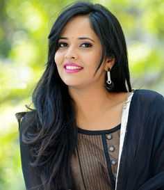 TV host turned actress Anasuya had impressed everyone with her performance in the role of a village lady named Rangammatha in Rangasthalam. For news read on Flico App Top P, Streaming Movies, Indian Ethnic, Celebrity Pictures, New Movies, Beautiful Actresses, Indian Beauty, Bollywood Actress, Pretty Woman
