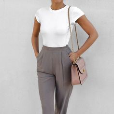 I'd wear this with a different bag. I love the classic trousers and the cut of the shirt!