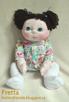 "¡ VENTA! Textil Baby Doll de Fretta. 40,5 cm/16 ""escultura blanda ponderada empatía Baby Doll. Ojos azules, castaño muñeca de trapo de Hair.Child ambiente."