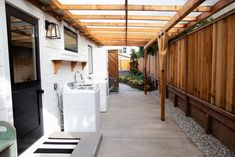 Our Home: Backyard Oasis - Kuzak's Closet-outdoor laundry with pergola Outside Laundry Room, Outdoor Laundry Area, Backyard Garden Design, Pool Backyard, Laundry Room Design, Home Builders, Future House, Home Remodeling, Decoration
